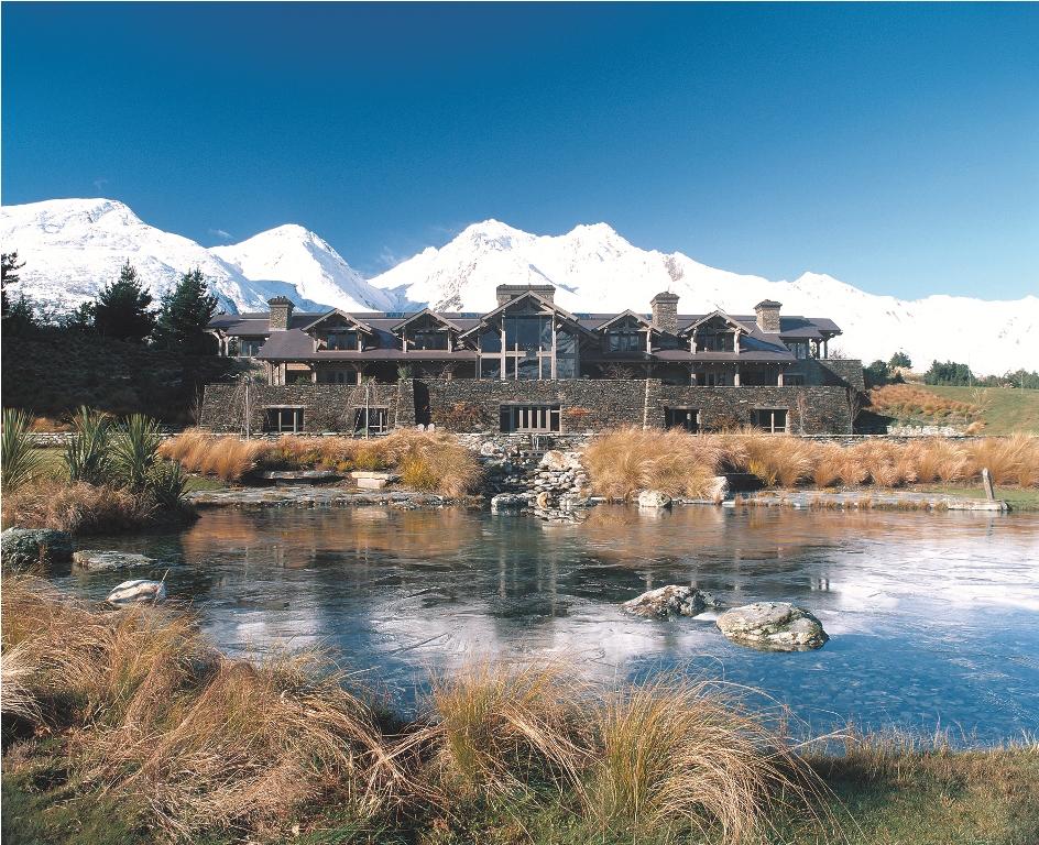 Blanket Bay Luxury Lodge